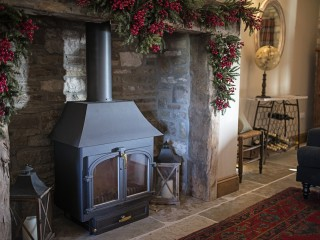 The Old Byre – Winter Sitting Room Log Burner
