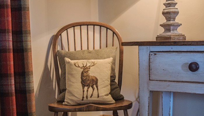 23. The Old Byre Winter Sitting Room Detailweb_ready